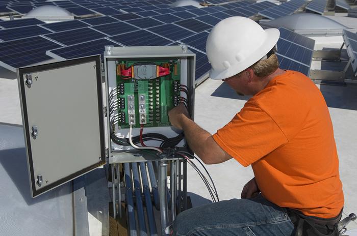 太陽光発電の長期保証の例