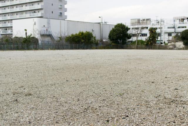 人口減少とともに増える空き地の問題